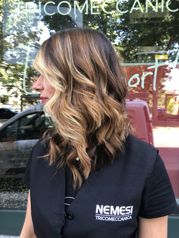 parrucchiere-a-alessandria-donna-taglio-capelli-corto-nemesi-tricomeccanica_image00019